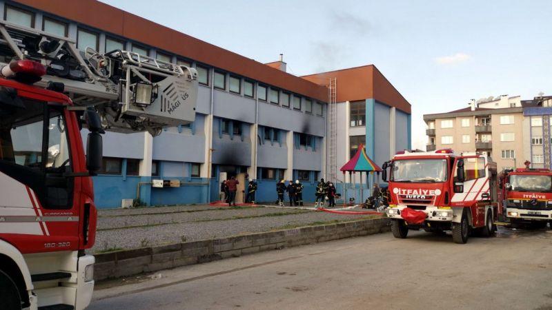 Kocaeli'de spor salonunda çıkan yangın söndürüldü