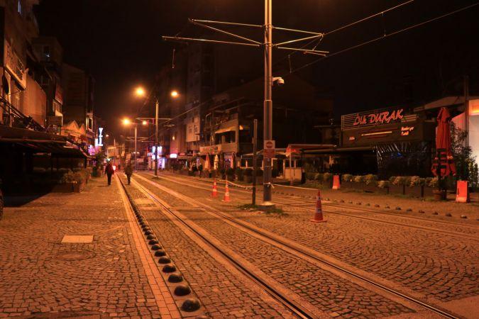 Kocaeli'de sokağa çıkma kısıtlamasının başlamasıyla sokaklar boşaldı