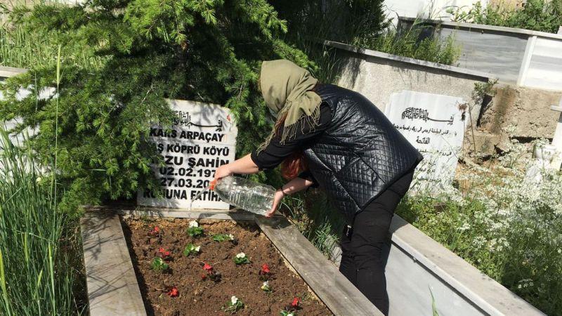 Kocaeli'de genç kadının annesinin mezarını ziyaret etme isteği yerine getirildi
