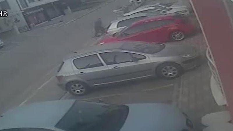 Kocaeli'de kadının darbedilmesi güvenlik kamerasında