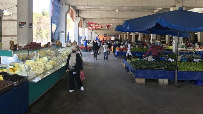 Kocaeli'de pazar yerleri Kovid-19 tedbirlerine uyularak açıldı