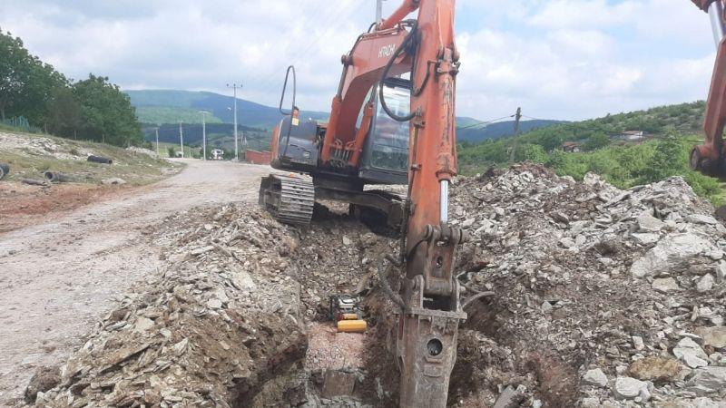 Körfez Kalburcu'da sağlıklı altyapı yapılıyor
