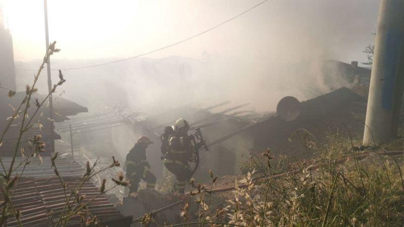 Kocaeli'de müstakil evde korkutan yangın