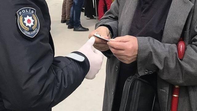 Kocaeli'de sokak köpeğini ezdiği iddia edilen kişiye cezai işlem