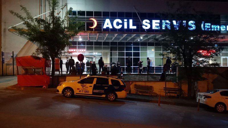 Kocaeli'de tartıştığı kişi tarafından pompalı tüfekle vurulan iş yeri sahibi ağır yaralandı