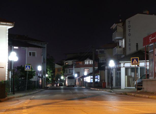 Kocaeli'de kısıtlamanın başlamasıyla sokaklar boşaldı