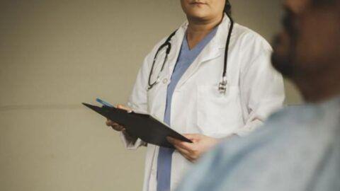 Sağlık çalışanlarının istifa yasağı kalkıyor