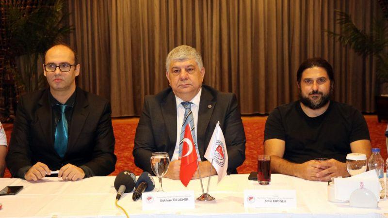 TBPF Başkanı Özdemir, Kocaeli'de basın mensuplarıyla bir araya geldi