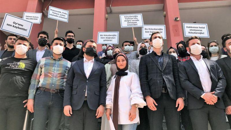 Kocaeli'de üniversite sınavına giren gençler, Kılıçdaroğlu'na dava açtı