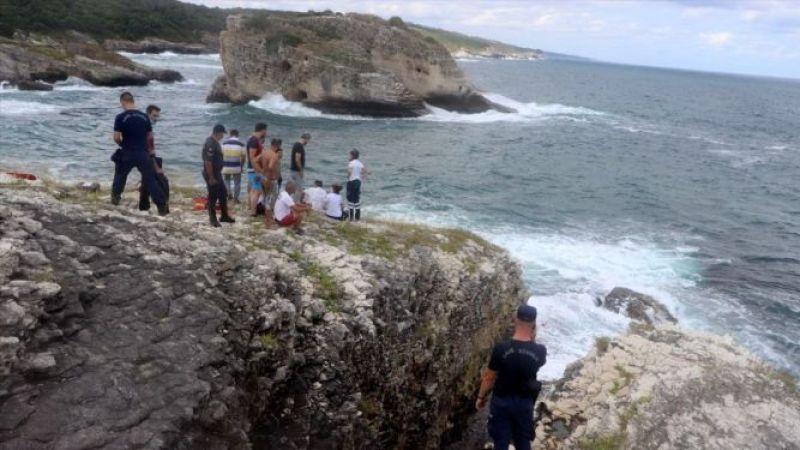 Kocaeli'de fotoğraf çektirirken dalgalara kapılan gencin cesedine ulaşıldı