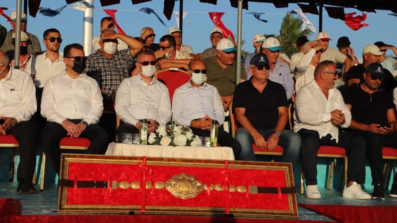 Sekapark Ermeydanı'nın başpehlivanı Ali Gürbüz oldu