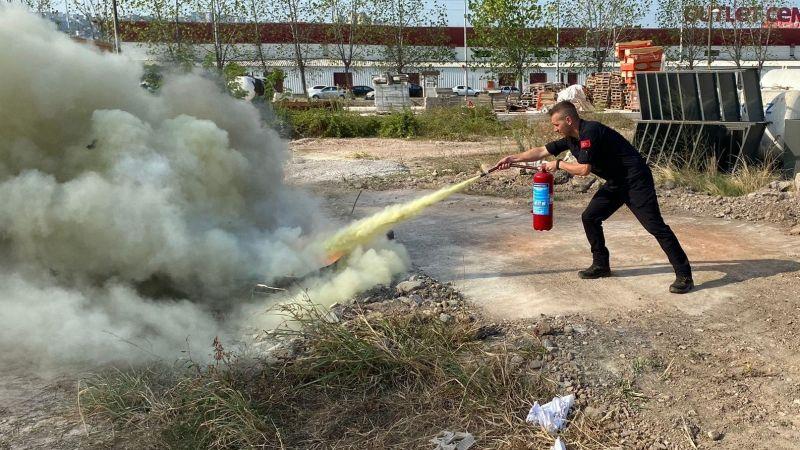Kocaeli İtfaiyesinden İHH'ya yangın eğitimi
