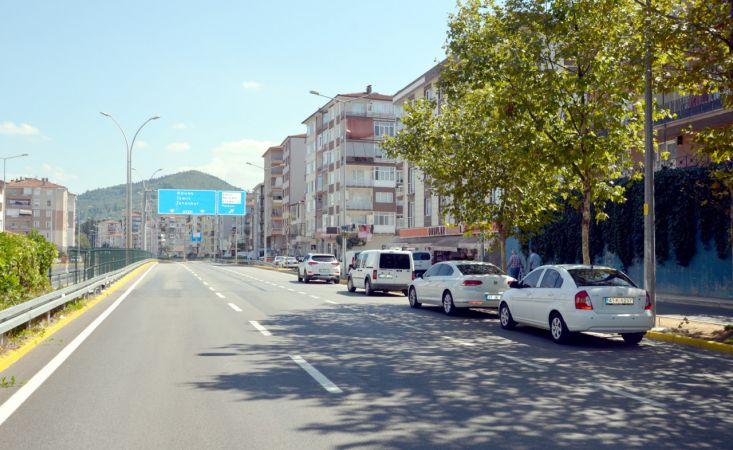 Kocaeli'de trafikte silahlı saldırıya uğrayan avukat yaralandı