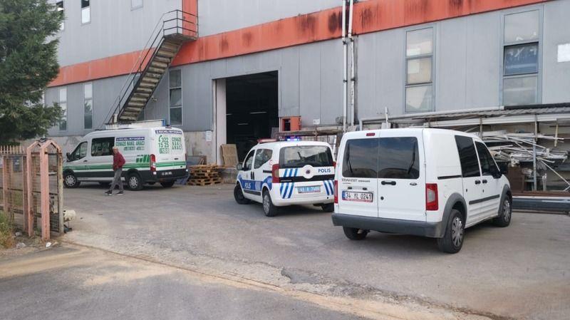 Kocaeli'de bir işçi çalıştığı fabrikada ölü bulundu