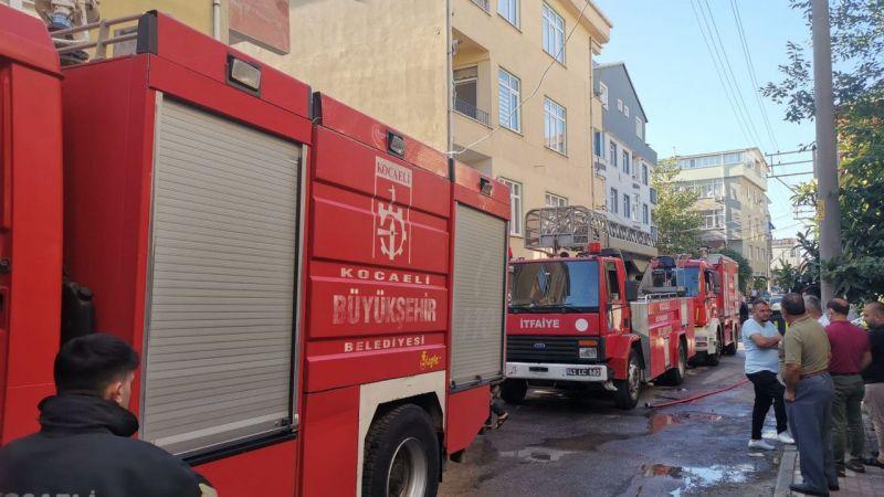 Kocaeli 'de ev yangını