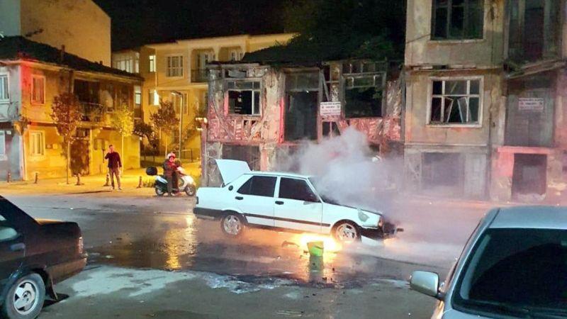 Kocaeli'de araç yangını