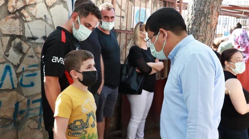 Özcan'dan öğrencilere tam destek