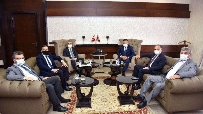 AK Parti'den Vali Aksoy'a ziyaret