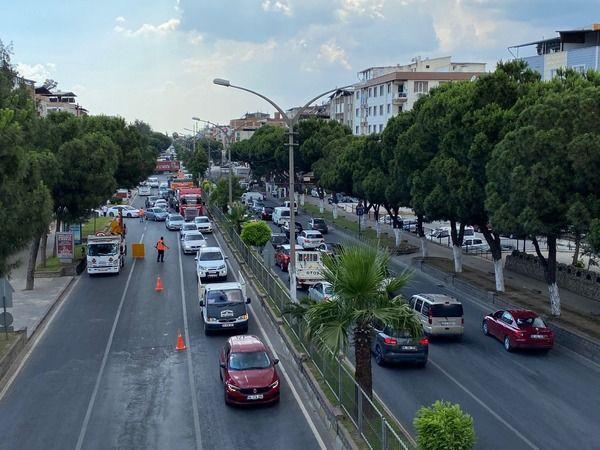 Nazilli'de trafik kilitlendi