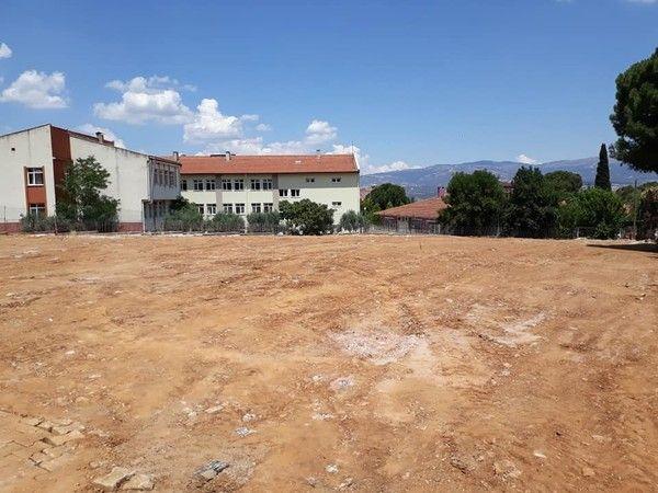 Karacasu'da geçici otopark alanı tamamlandı