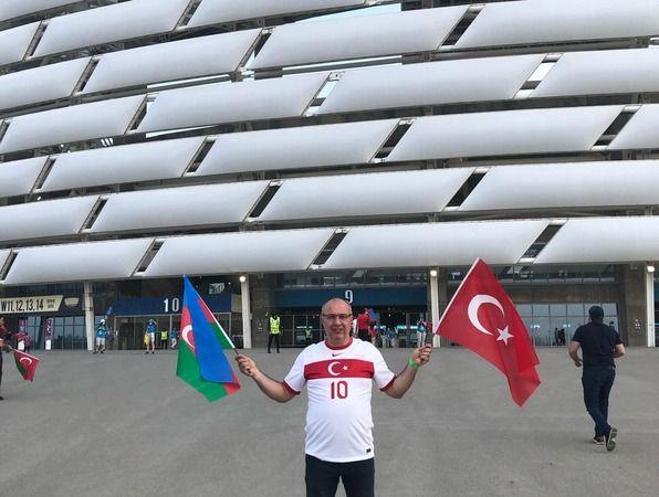 Yelkovan'dan millilere destek