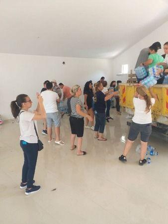 Efeler halkının yardım malzemeleri Marmaris'e ulaştı