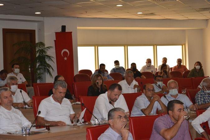 AK Parti'li Menderes o karara sert çıktı