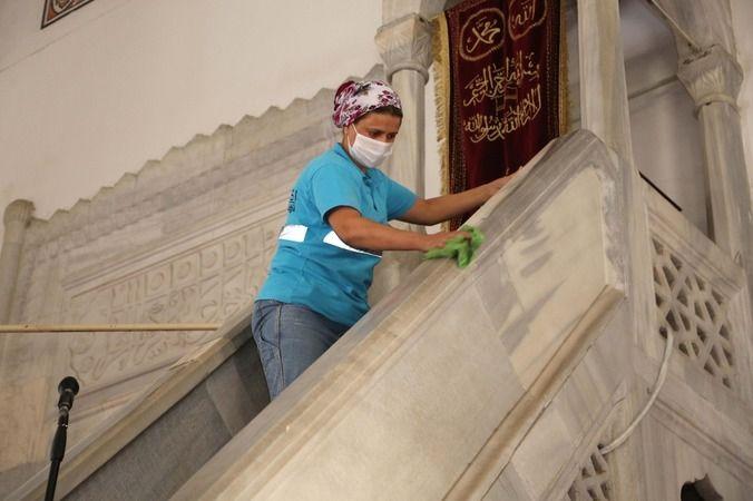 Efeler Belediyesi'nden temizlik çalışması