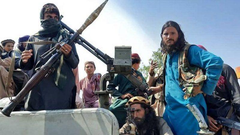 Taliban Kabil'e girdi