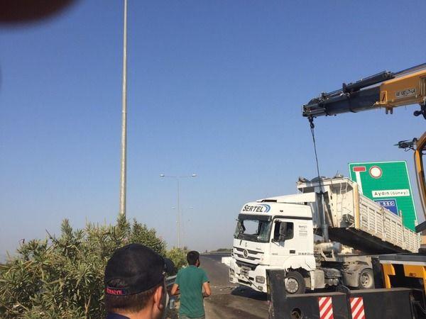 Aydın'da otoban trafiğe kapandı