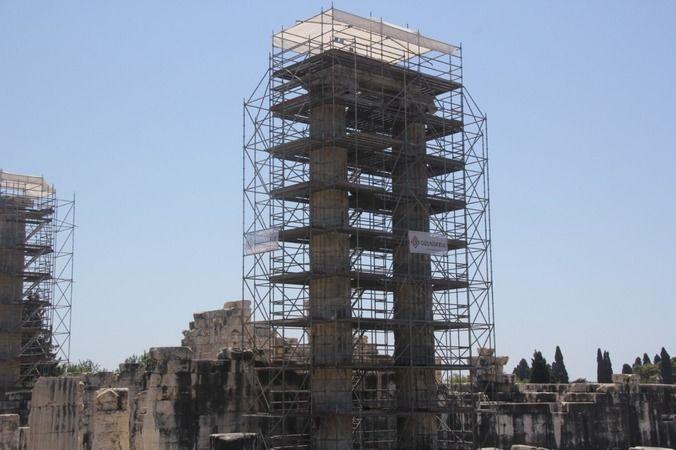 Apollon Tapınağı'nda restorasyon çalışmaları