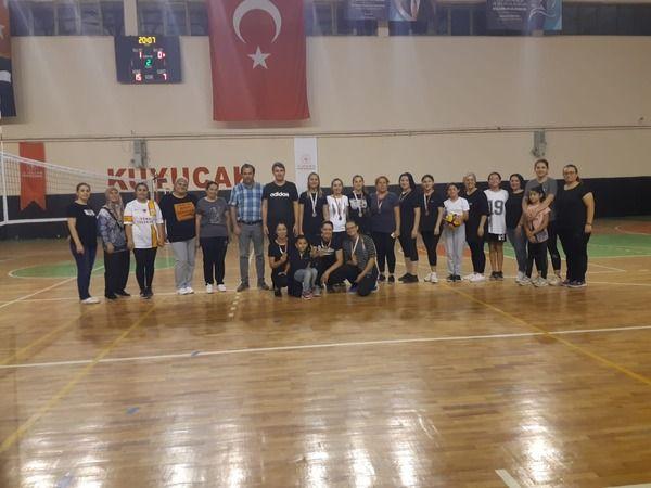 'EVİMİN SULTANLARI' KUYUCAK'TA TERLEDİ