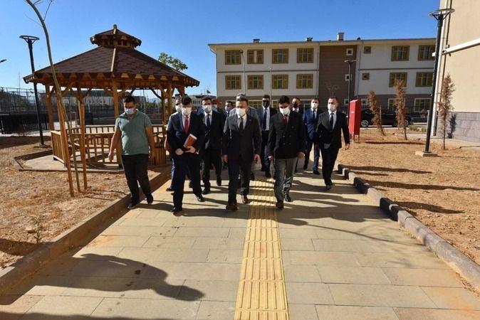 ADÜ'de öğrenci yurdu inşaatı devam ediyor