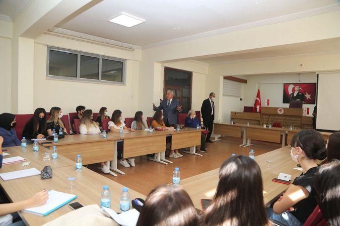 Başkan Atay, ADÜ'lüleri ağırladı