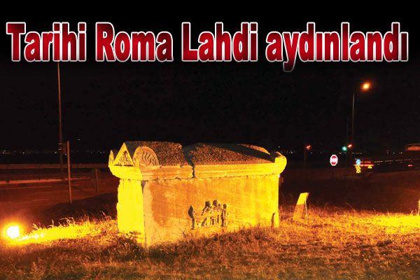 Tarihi Roma Lahdi aydınlandı