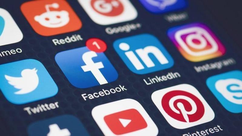 İşte Ak Parti'nin 11 maddelik sosyal medya teklifi
