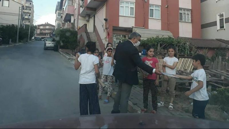 Başkan Şayir çocukları sevindirdi