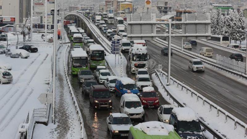 Kocaeli'deki araç sayısı yarım milyona yaklaştı