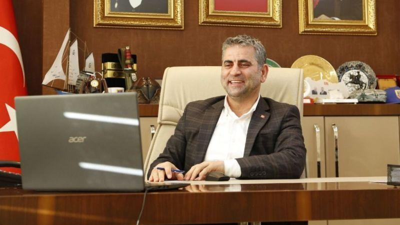 Başkan Turan, Zoom üzerinden öğrencilerle buluştu
