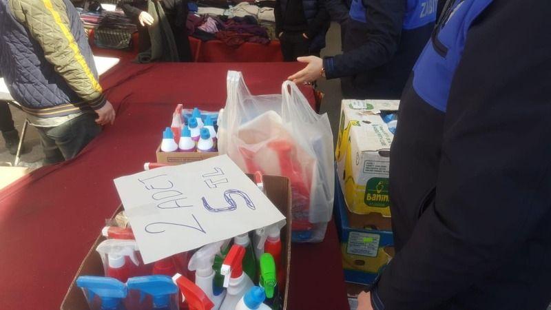 Pazarda sahte temizlik ürünü satarken yakalandılar