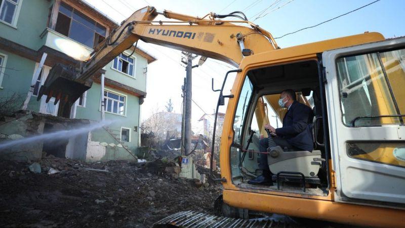 Kocaeli'de ağır hasarlı bina kalmayacak! 6 bin 500 konut daha yapılacak