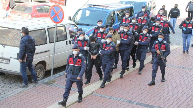 Şafak operasyonunda yakalanmışlardı: Adliyeye sevk edildiler
