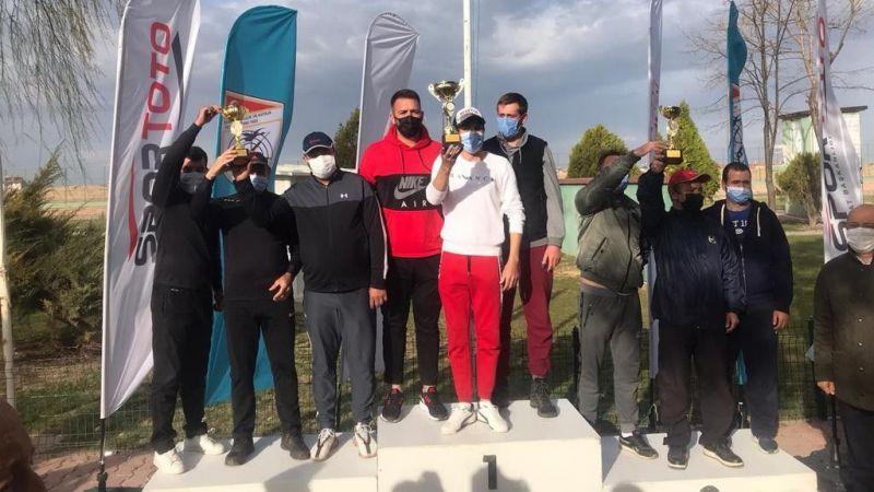 Kağırsporlu atıcılar Konya'dan madalyalar ile döndü