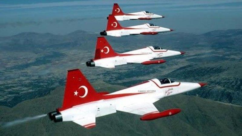 Türk Yıldızları'na ait askeri uçak düştü: Pilot şehit oldu