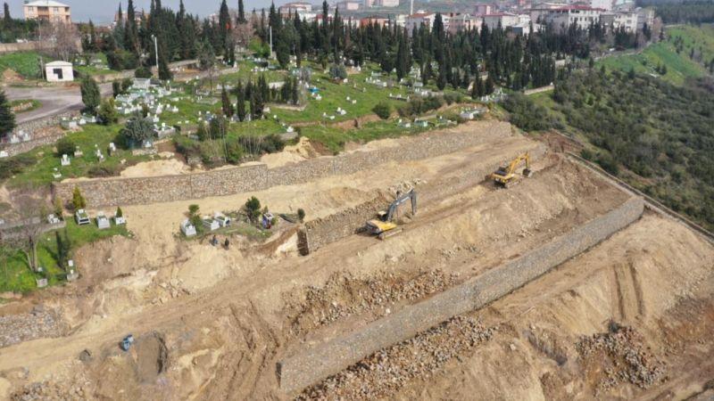 Dilovası mezarlıklarındaki çalışmalar tamamlanıyor