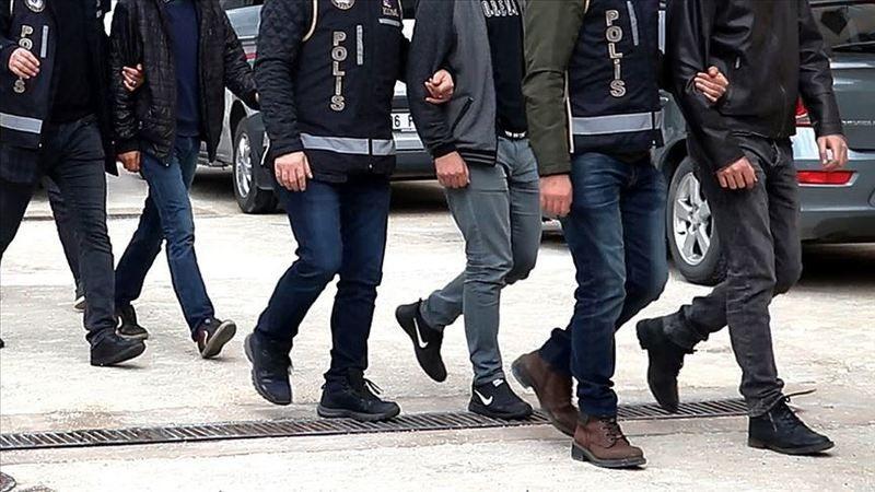 FETÖ'nün TSK yapılanmasına operasyon: 5 gözaltı