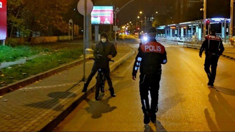 Hafta sonu Kocaeli'de 1448 kişi yasağı deldi...
