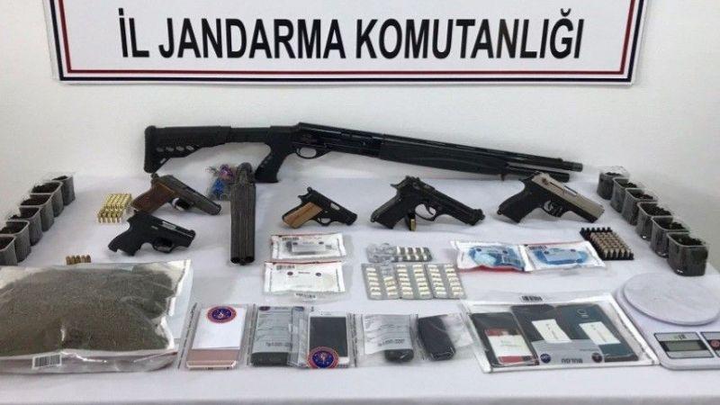 Kocaeli'de uyuşturucu operasyonu! Çok sayıda uyuşturucu ve silah ele geçirildi