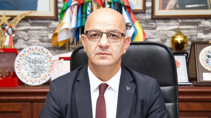 """Ünlü, Atatürk'e sahip çıktı: """"Atatürk Türkiye'dir"""""""