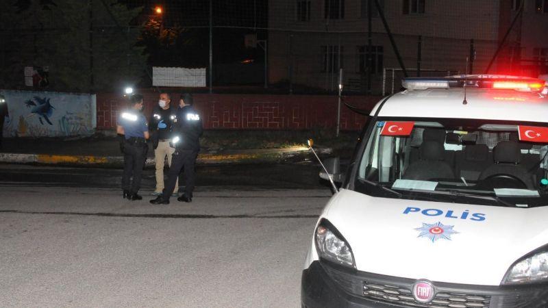 Kaza tutanağı için çıkan bıçaklı kavgada 3 şahıs gözaltına alındı